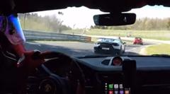 ランボルギーニ ウラカン ペルフォルマンテ vs ポルシェ 991 GT2 RS ニュルバトル動画