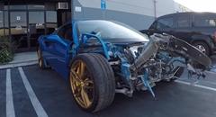 フロントが大破したフェラーリ 488 スパイダーを修復しちゃうよ