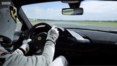フェラーリ 488 ピスタ トップギアトラック最速フルオンボード動画