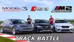 テスラ モデル3 vs BMW M2 コンペティション vs アウディ RS3 サーキットタイムアタック動画