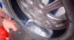 タイヤの中に20kgの鉛を入れてみたwwww