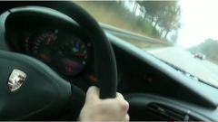 ポルシェ 996 GT2 がアウトバーンで350km/h出しちゃう動画