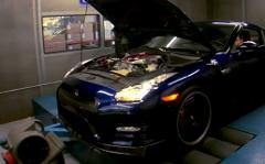 2011年式GT-Rの馬力を測っちゃう動画