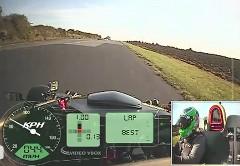 アリエル アトム V8 の加速性能を調べちゃう動画