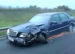 えー!?タイヤがぐにゃってなってるのに公道を走っちゃってる面白動画