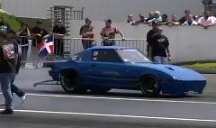 マツダ RX-7 のドラッグカーが横転しちゃう動画