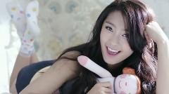 ロータス エリーゼとオウリム スピーラが出演?しているK-POPアイドル Sistar19「MaBoy」のPV動画