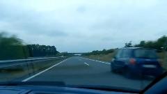 ランボルギーニ ガヤルド スパイダーがオープン状態で300km/h出しちゃう動画