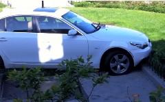 BMW 5シリーズE60 が強引な牽引をされちゃう動画