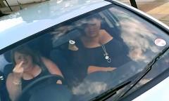 車に乗ったジャイ子に中指立てられちゃう動画