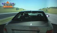メルセデス・ベンツのドライビングシミュレーターを紹介しちゃう動画