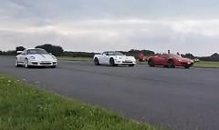 ポルシェ 997 GT3 RS 4.0 vs フェラーリ 458 イタリア vs シボレー コルベット ZR1 加速対決動画