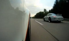 500馬力のアウディ A1 がアウトバーンで324km/h出しちゃう動画