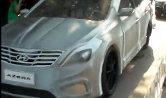 究極のエコカー? リアルな車型の足こぎカーを作ってみた動画