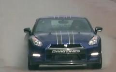 はえー!!1200馬力の日産 GT-R が1マイルで347km/hを出しちゃう動画