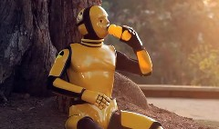 ダミー人形の生態が分かるスマート フォーツークーペの面白CM動画