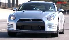 2012年式日産 GT-R をテストしちゃう動画