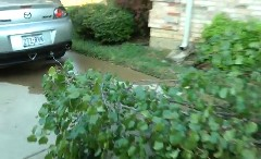 友達のマツダ RX-8 にでかい木をくくりつけたったwwwっていう動画
