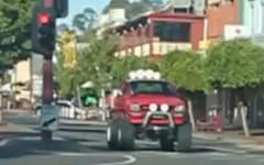 モンスタートラックもびっくりするような自転車が現れちゃう動画