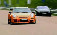 ポルシェ 997 GT3 RS 9ff 1150馬力 vs BMW M6 750馬力 加速対決動画