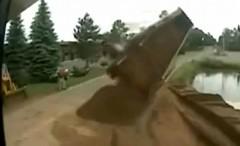 あ~!倒れる~!っていう動画いろいろ