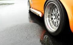 濡れた路面を簡単に乾かす方法が分かる動画