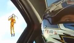 かっけー!ジェットパック vs ルノーメガーヌ RS ドラッグレース動画