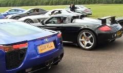 快音すぎるぅ!レクサス LFA とポルシェ カレラ GT のエキゾーストノートを聞き比べちゃう動画