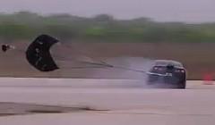 1250馬力の日産 GT-R が 375km/h 出して横滑りしちゃう動画