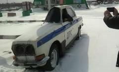 なんだこれwww薄すぎるロシアンパトカーの動画