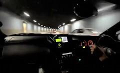 600馬力の日産 スカイライン GT-R がストックホルムの街を爆走しちゃう動画