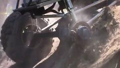 タイヤ3本で急坂を登っちゃうぜぇ~っていうワイルドなバギーの動画