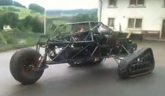 これはカッコイイ!BMWのV12エンジンを積んだ手作り3輪タンクの動画