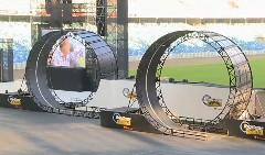 すげー!トップギアライブで4輪車がダブルループを成功させちゃう動画