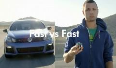 速さ vs 早さ 荒れ狂う車内で早技テクをやらせちゃうフォルクスワーゲンの面白CM動画