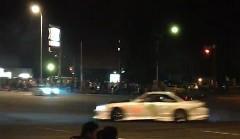 ドリフトスポットの交差点で夜な夜な行われるドリフト動画