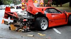 フェラーリ F40 が公道でクラッシュしちゃった動画