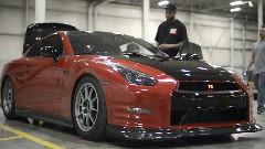 1300馬力の日産 GT-R がゼロヨン8.97秒を出しちゃう動画
