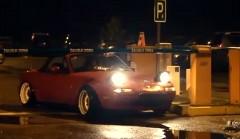 この手があったか!マツダ ロードスターで駐車場代を節約する方法がわかる動画