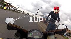 スピード取締用のレーダーを蹴り倒したあいつが戻ってきた!wwwっていう動画
