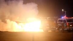 消火より発火が得意なジェット消防車の動画
