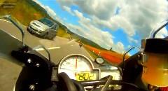 カワサキ ニンジャ ZX-10R vs BMW S1000RR 公道爆走動画