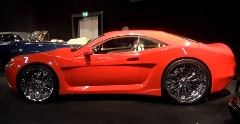 30インチの巨大ホイールを履きこなすド迫力スポーツカー AGエクスカリバー の動画