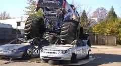 世界初のEVモンスタートラックを作ってみた動画