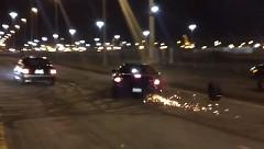 ドラッグレース中にホイールが取れちゃったシボレー カマロの動画