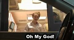 透明人間になってドライブスルーに行ってみた面白動画