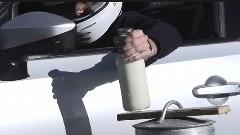 BRZ でちょっと牛乳調達してくるっていう超絶ドリフト動画