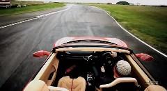 まるでゲームみたい!フェラーリ 458 スパイダーの動きがよくわかる動画