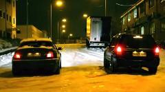 雪に強いのはどっちだ?スタッドレスタイヤ+リア駆動 vs ノーマルタイヤ+四輪駆動