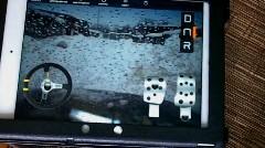 ロシア人が iPad で運転できる車を開発